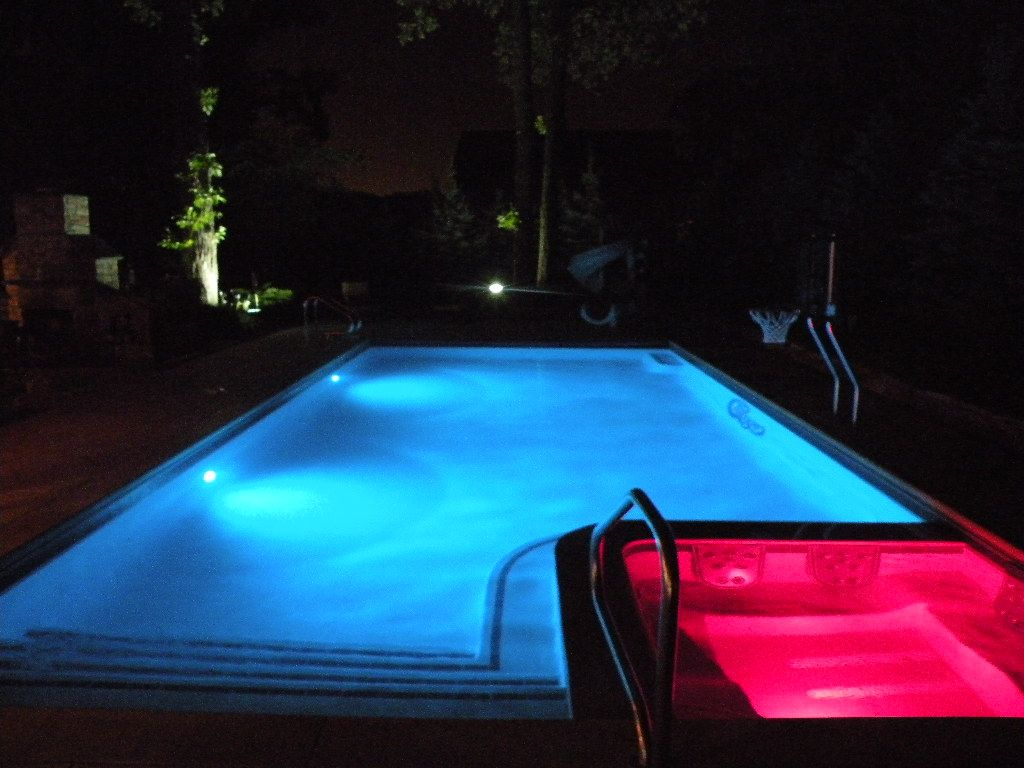 Swiming Pools Brighten Up Your Outdoor Living Space With These