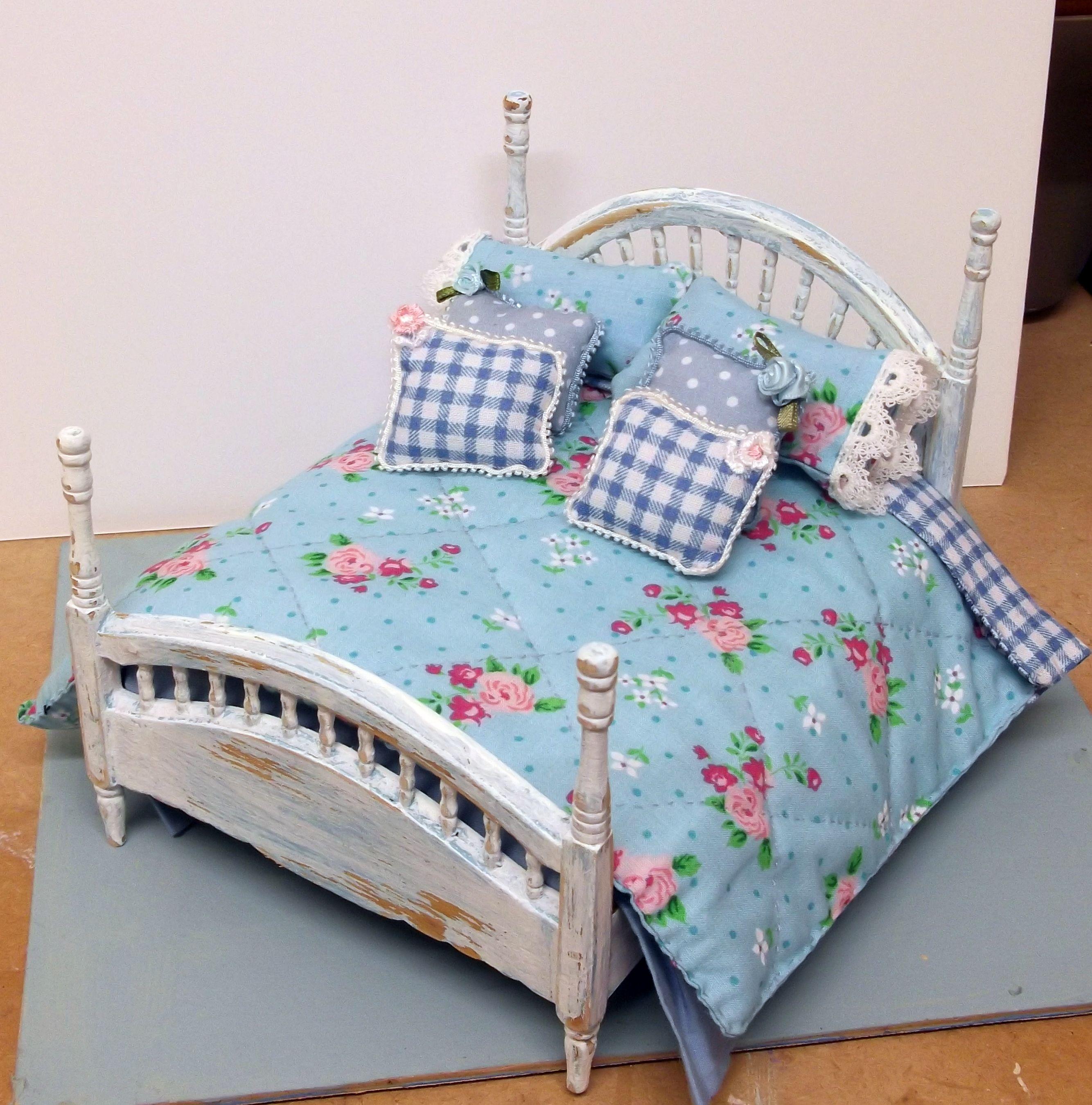 miniature shabby chic bed | miniaturasmjose | Pinterest | Miniatur ...