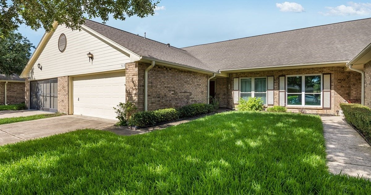 915 Woodfern Glen Ln Pearland Tx 77584 Listed By Judy Chris