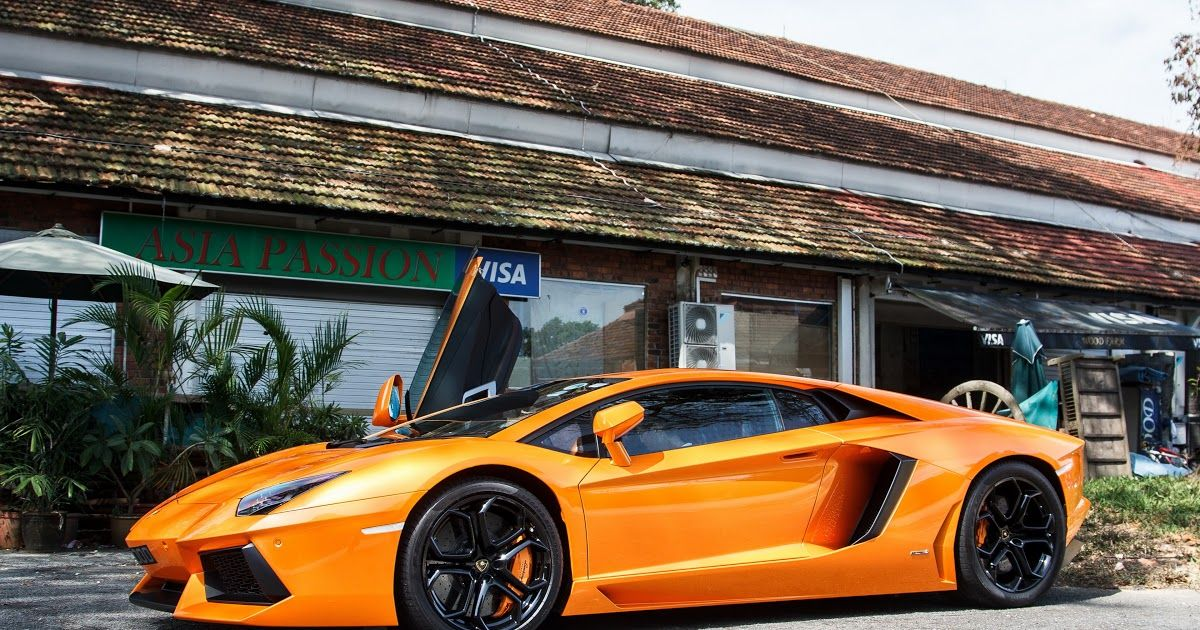Discover Our Best Collection Of Cars 4k Wallpapers For Free Popular Desktop 1336x768 1920x1080 3840x2160 1280x800 Hd Wallpapers Of Cars Lamborghini Orange Car