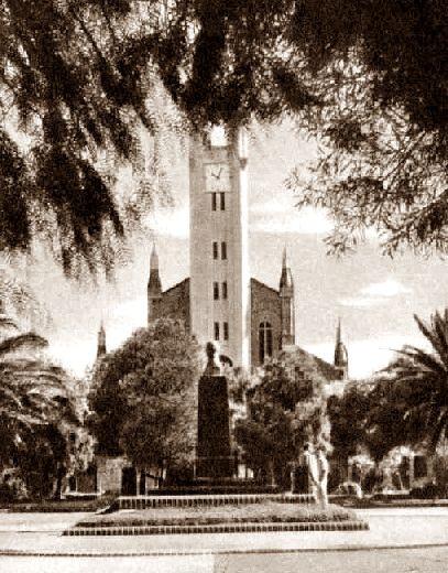 Plaza gral belgrano de punta alta con el antiguo monumento y la belgrano de punta alta con el antiguo monumento y la iglesia en primer thecheapjerseys Image collections