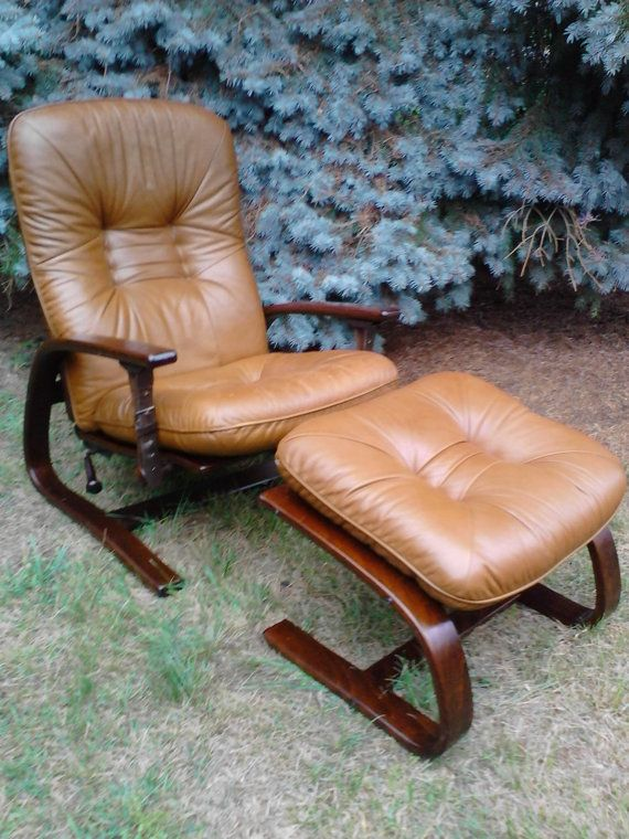 Fabulous Mid Century Leather Lounge Chair And Ottoman Igmar Relling Evergreenethics Interior Chair Design Evergreenethicsorg