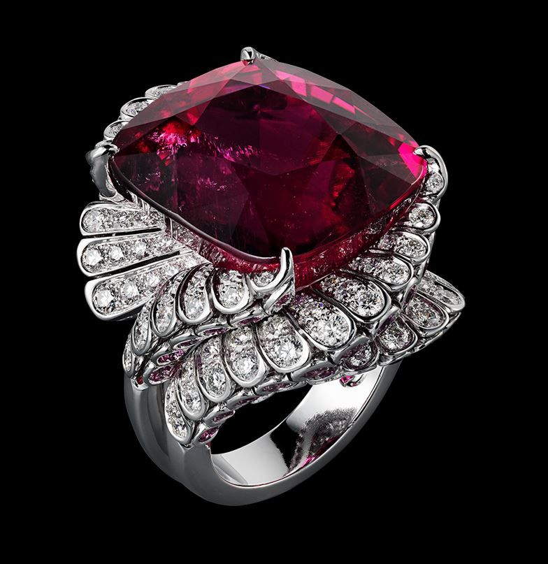 Indian Influences – High Jewelry Ring Platinum, one 39.81-carat cushion-shaped rubellite, pink sapphires, brilliants. Cartier