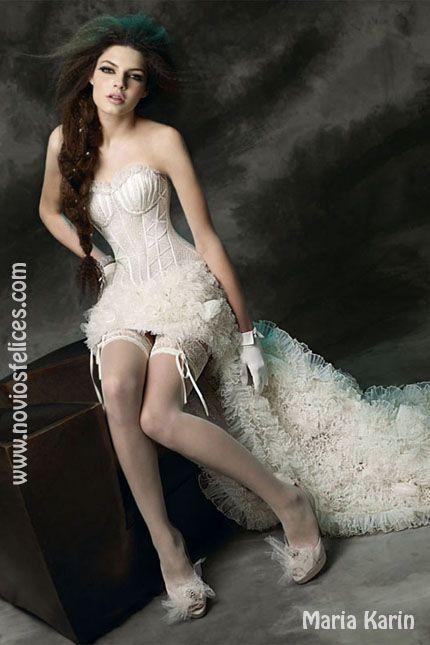 Vestido de novia muy sexy con corpiño tipo corset y falda tail hem ...