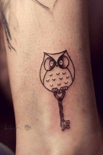Hibou Minimaliste Tatouages Tattoos Tattoo Designs Et Owl