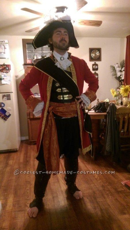 epic captain hook halloween costume kost m. Black Bedroom Furniture Sets. Home Design Ideas