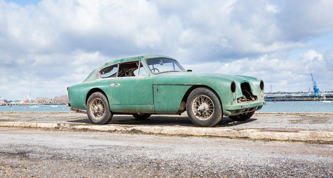 Sir Peter Ustinov\'s DB4 one of many surprises at 2015 Bonhams Aston ...