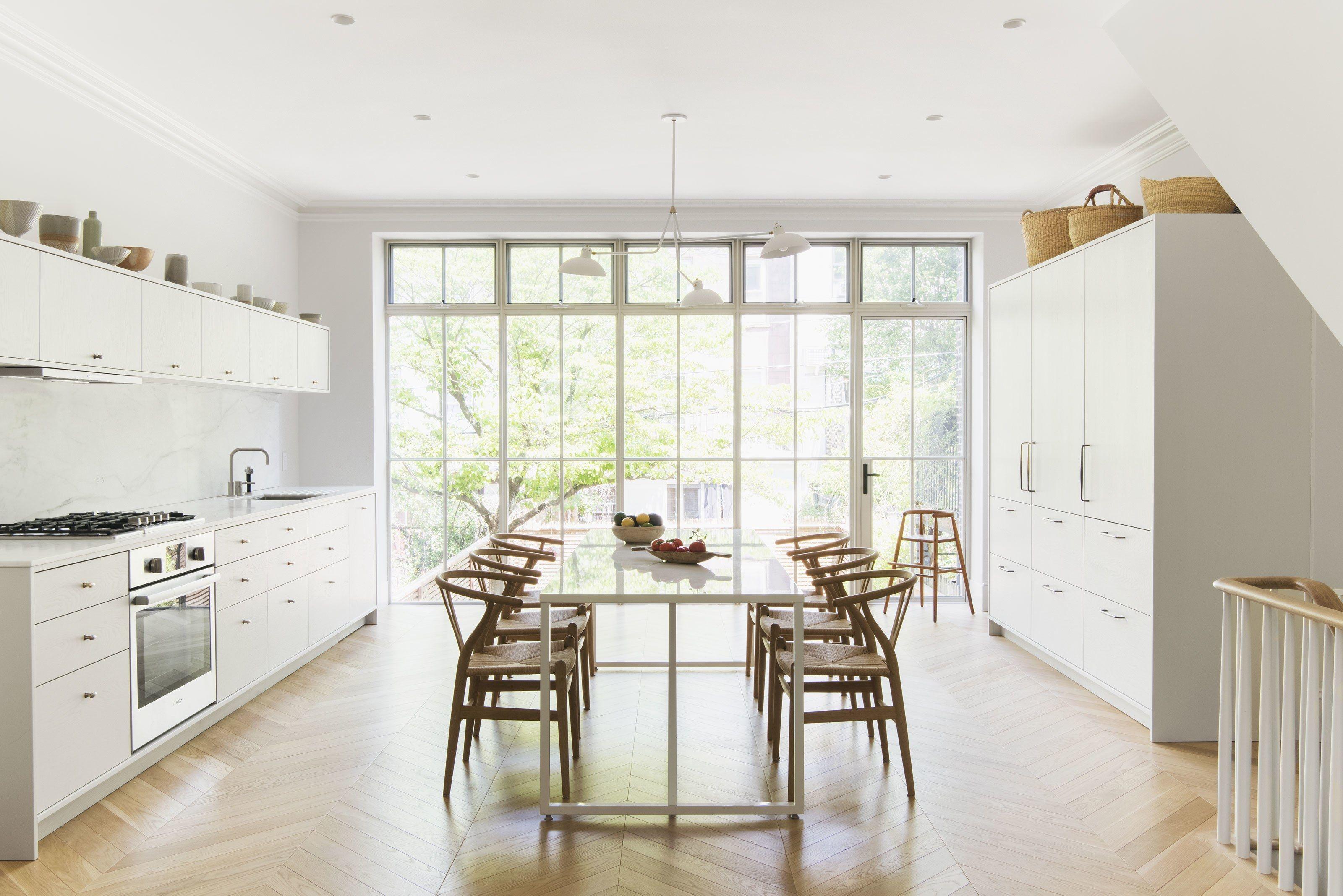 Cottage kitchens This Minimalist New York Apartment