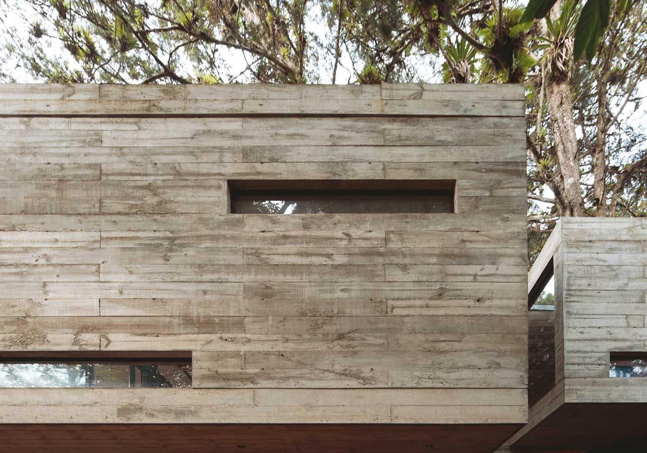 Una casa en el bosque madera y concreto pinterest - Casas de cemento y madera ...