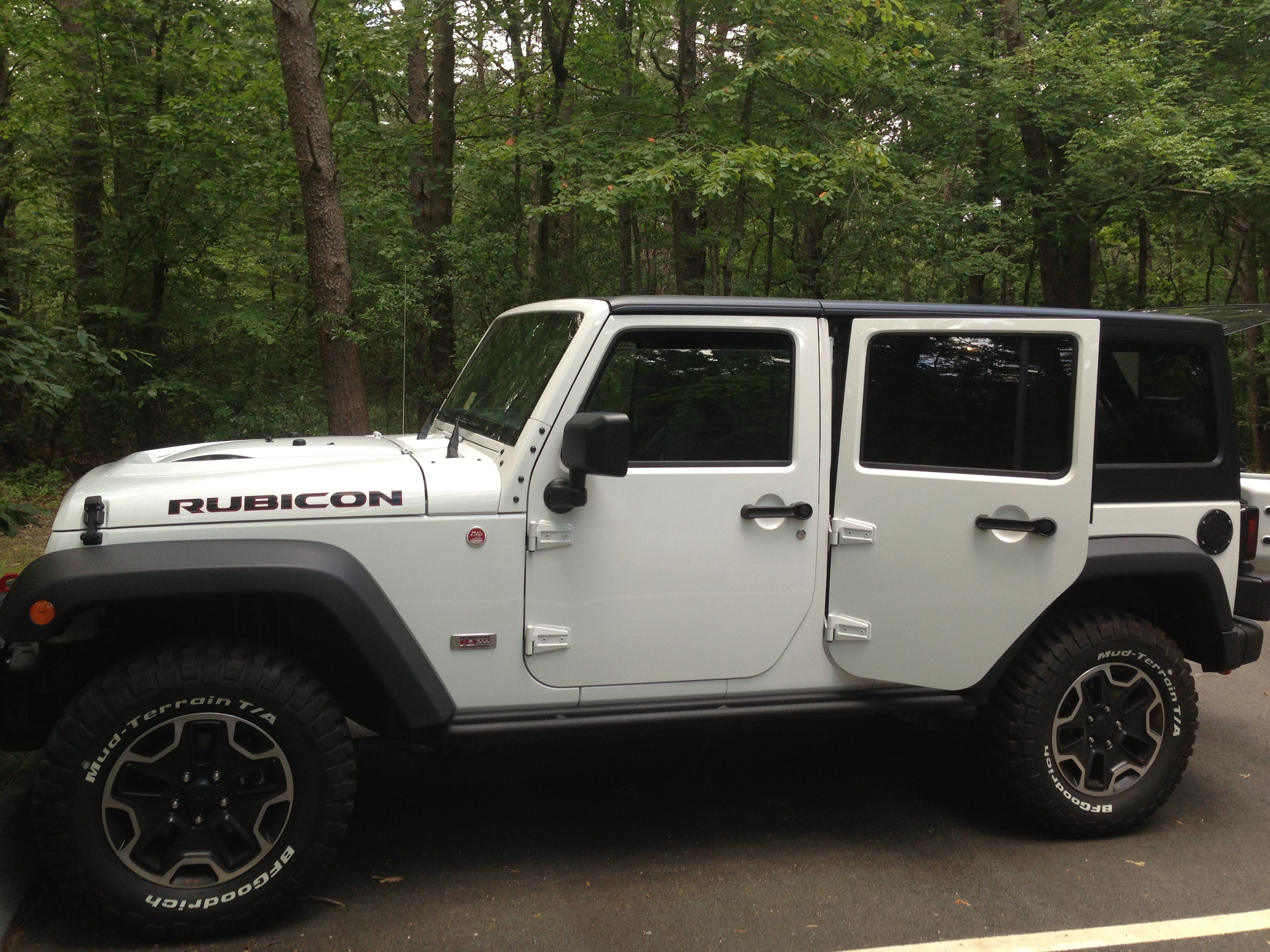 small resolution of jeep rubicon nickname whitey beautiful in white gotta think of a name for my girl