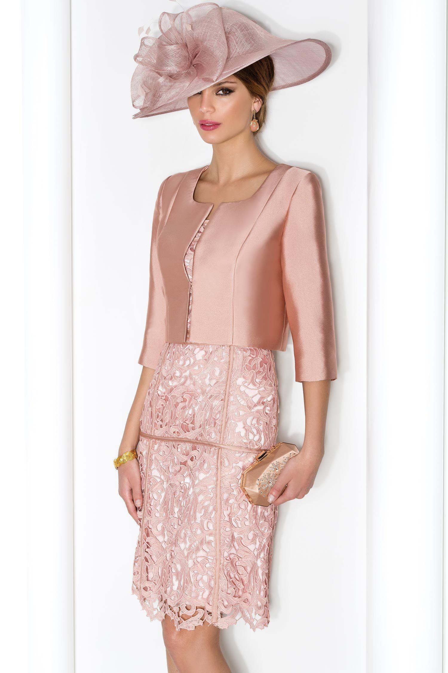 Conjunto de madrina con vestido calado de flores y chaqueta lisa ...