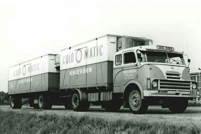 2000do Vrachtwagens Oldtimers En Vervoer