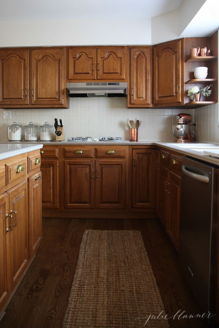 The Right Decor And Accessories To Update A Kitchen With Oak Cabinets And  Hardware. By Julie Blanner Design