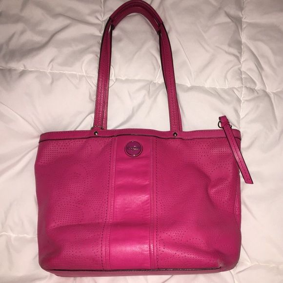 Pink Coach Purse In good used condition, a couple stains on inside but very clean. Pet free smoke free Coach Bags Satchels