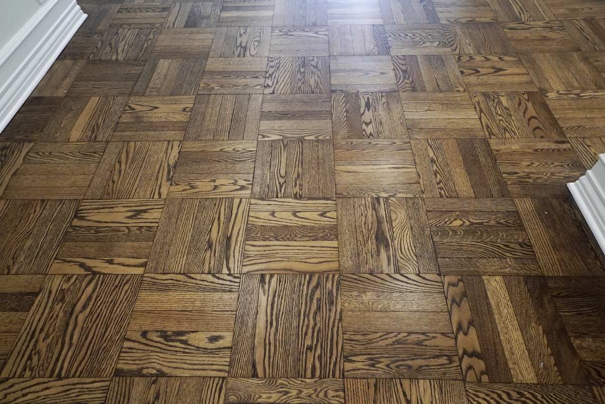 Refinished wood flooring throughout. 36 Sutton