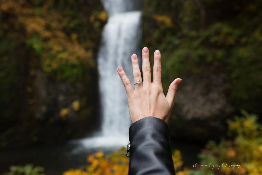 Multnomah Falls Wedding Proposal