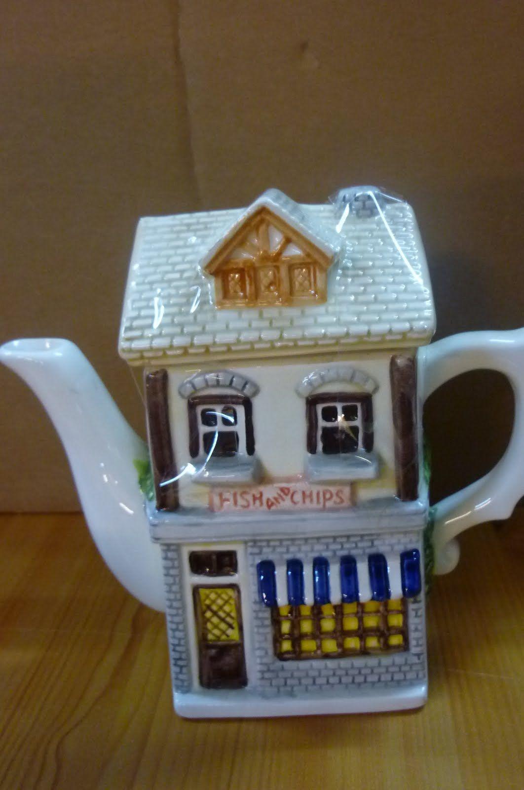 novelty teapots | Leonardo Antique Shop, Sadler Elizabethan House & The Village