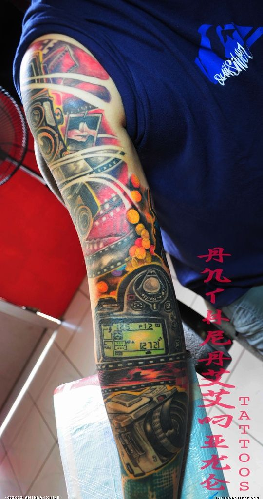 Incredible Sleeve Tattoo: Would Never Get This..but So Incredible! Camera Tattoo