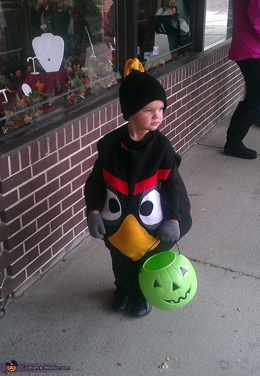 Black Angry Bird Costume - Halloween Costume Contest via @costumeworks  sc 1 st  Pinterest & Black Angry Bird - Halloween Costume Contest at Costume-Works.com ...