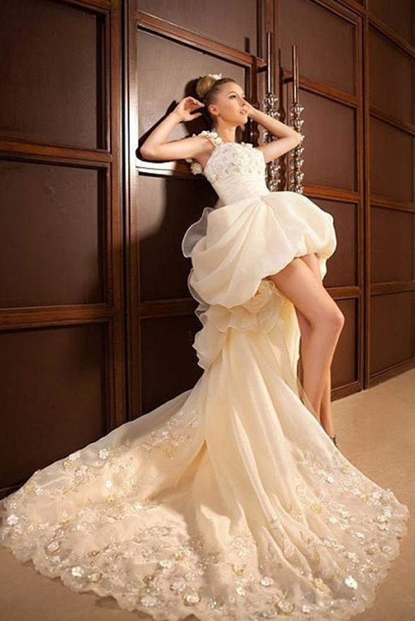 a26c1327f7b VESTIDOS DE 15 AÑOS CON COLA- FOTOS | cola larga | Vestidos de novia ...
