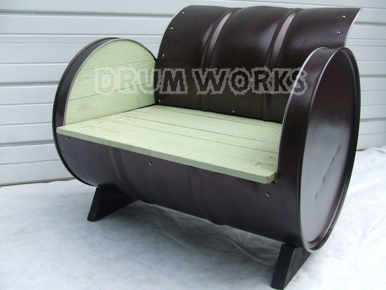 Outdoor 55 Gallon Drum Chair Hammer Tone Copper Powder Coat