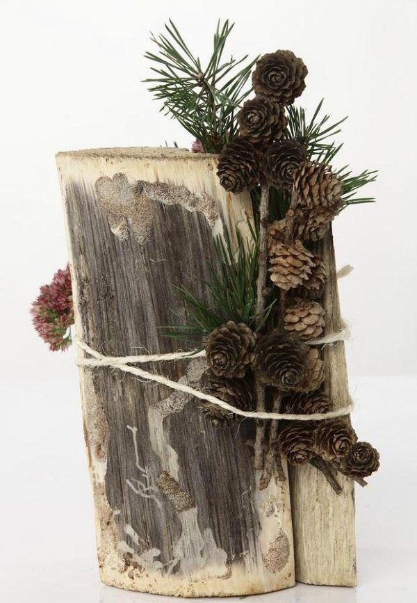 herbstliches arrangement rustikal baumstamm tannenzweig. Black Bedroom Furniture Sets. Home Design Ideas