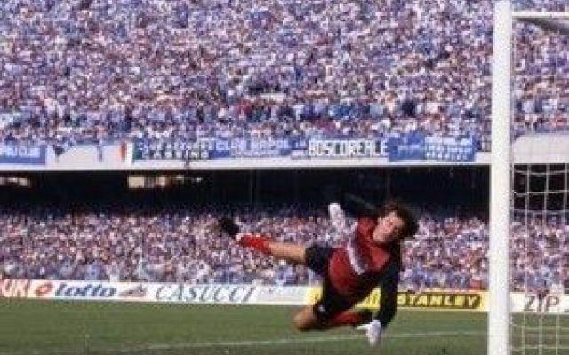 Garellik: il portiere che parava con i piedi!!! #garella #calcio #leggenda