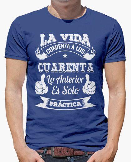 a8872af06 Camiseta 40 AÑOS DE PRÁCTICA