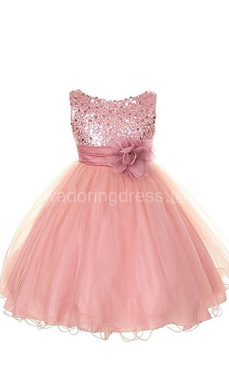 US$53.70-Sleeveless Scoop Neck A Line Sequined Flower Girl Dress With Flower. http://www.junebridals.com/sleeveless-scoop-neck-a-line-sequined-dress-with-flower-p400402.html. Shop for best flower girl dress, baby girl dress, girl party dress, gowns for girls, dresses for girl, children dresses, junior dress, pageant dresses for girls We have great 2016 fall Flower Girl Dresses on sale. Buy Flower Girl Dresses online at junebridals.com today!