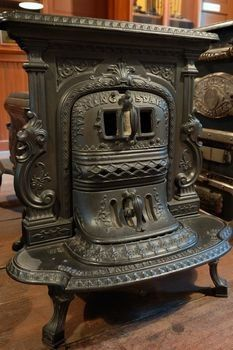 Antique Cast Iron Stove These Will Always Reminds Me Of My Grandpa Had One In His Garage