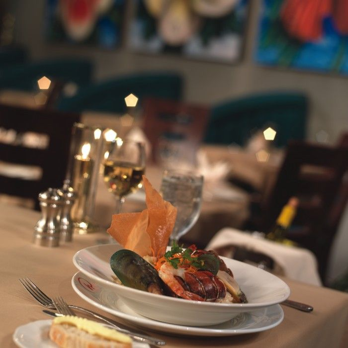 Everglades Restaurant Open Daily At 5 30pm Rosen Centre Hotel Orlando
