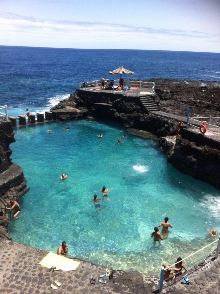 Natural swimming pool charco azul tenerife la palma for Piscina natural de puerto santiago