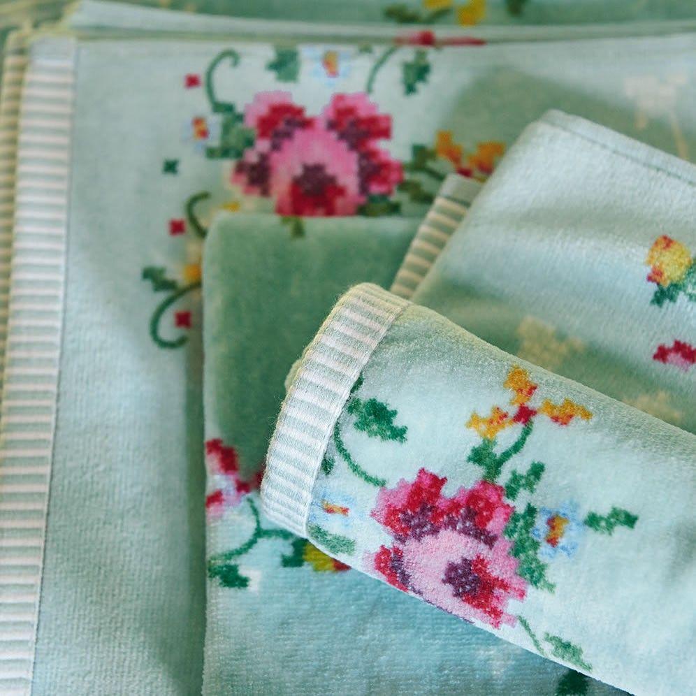 Asciugamano ospite GRANNY PIP | Pip Studio in vendita su ATMOSPHERE - Oggettistica di design, accessori tavola, tessile casa, idee regalo