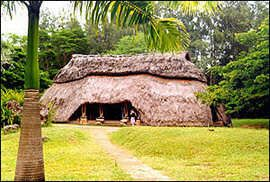 Winne Com Report On Kenya Changes His Ways Vernacular Architecture Traditional Architecture Amazing Architecture