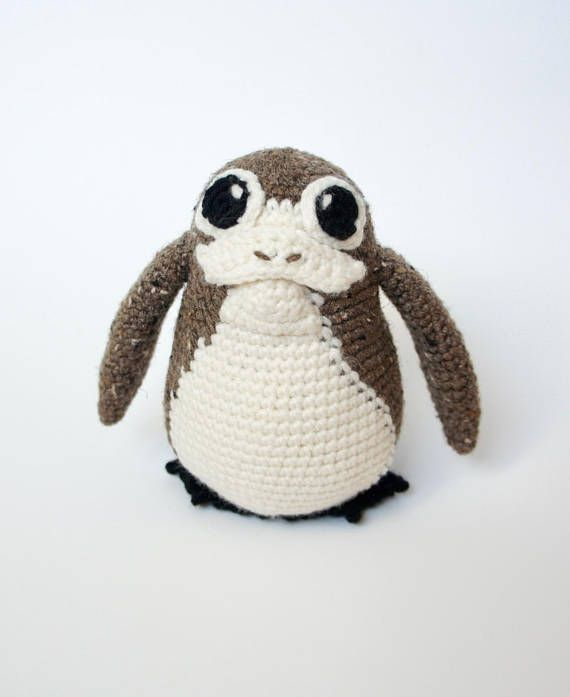 This crochet Porg pattern is adorable! | Crochet - Yarn & Hooking ...