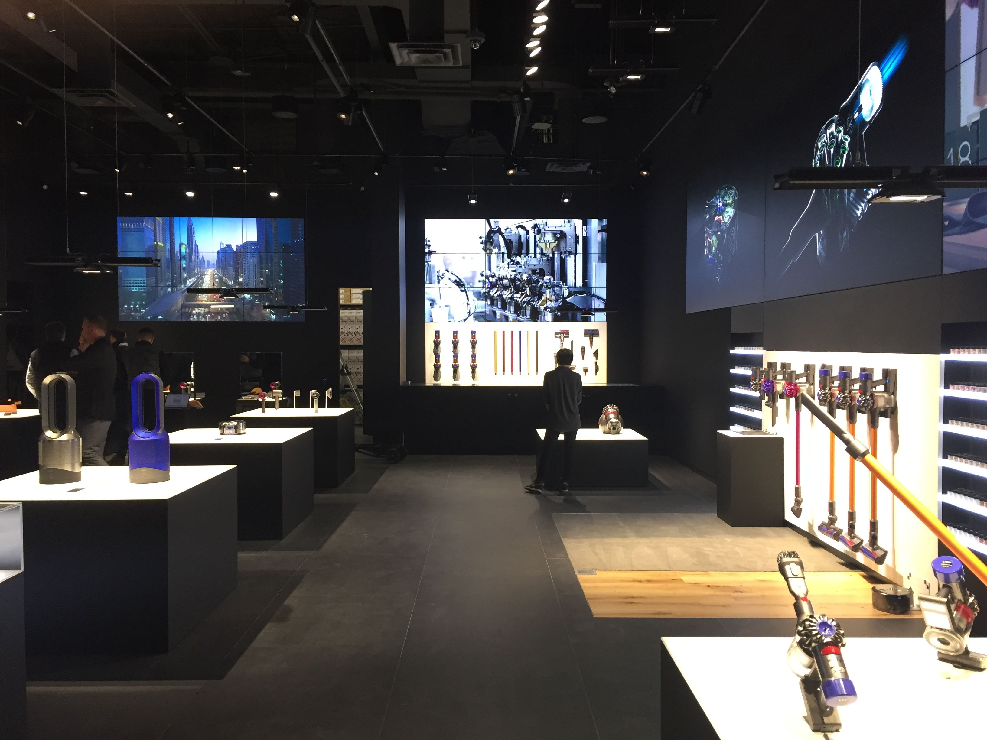 Dyson_Toronto - After NYC and San Francisco, Dyson NOW opened a new store  concept in Toronto's Yorkdale Shopping Center. A
