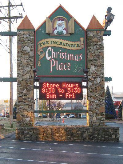 Dickerson Diaries Weekend Family Getaway Christmas Place Gatlinburg Christmas Tennessee Christmas