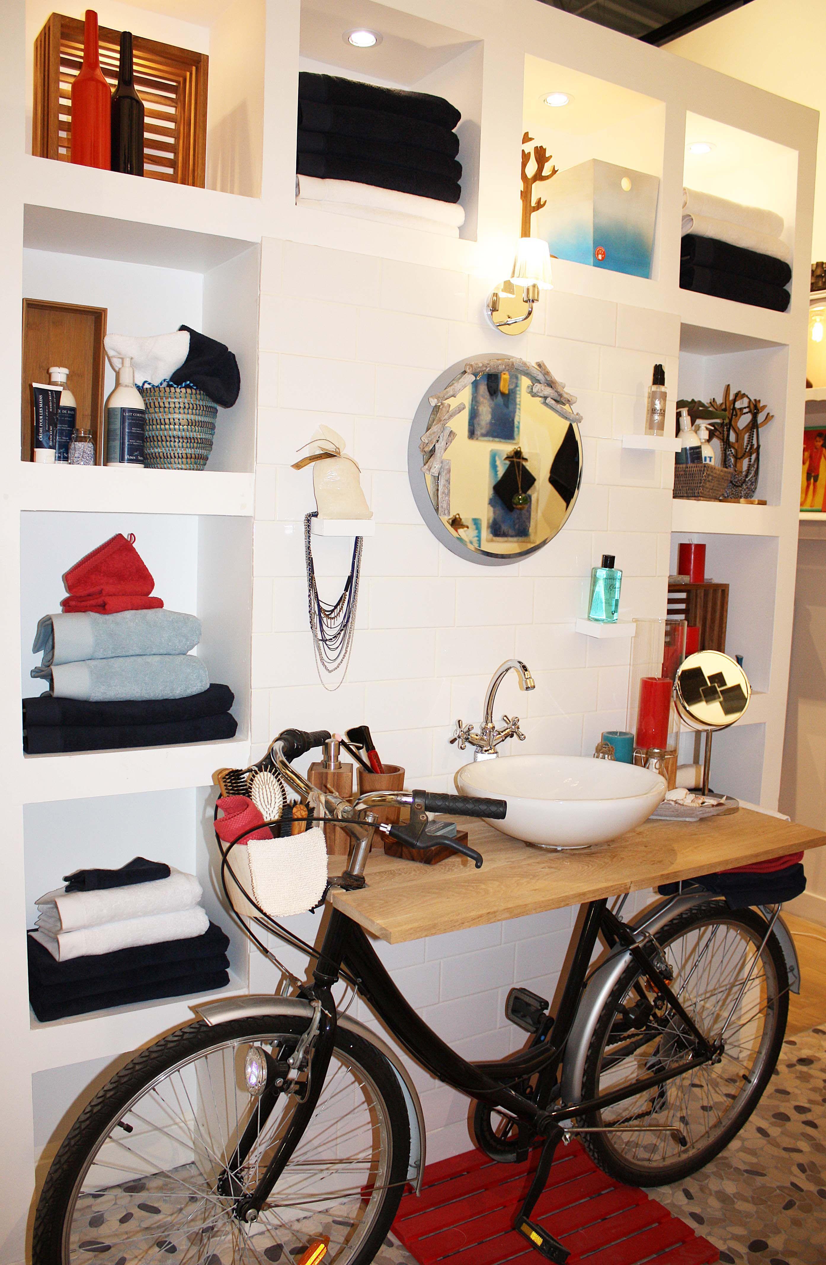 Zodio Salle De Bains Maison Declic Bleu Gennevilliers Deco Interieure Mobilier De Salon Decoration Interieure