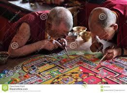 Resultado de imagen para monjes tibetanos, mandalas