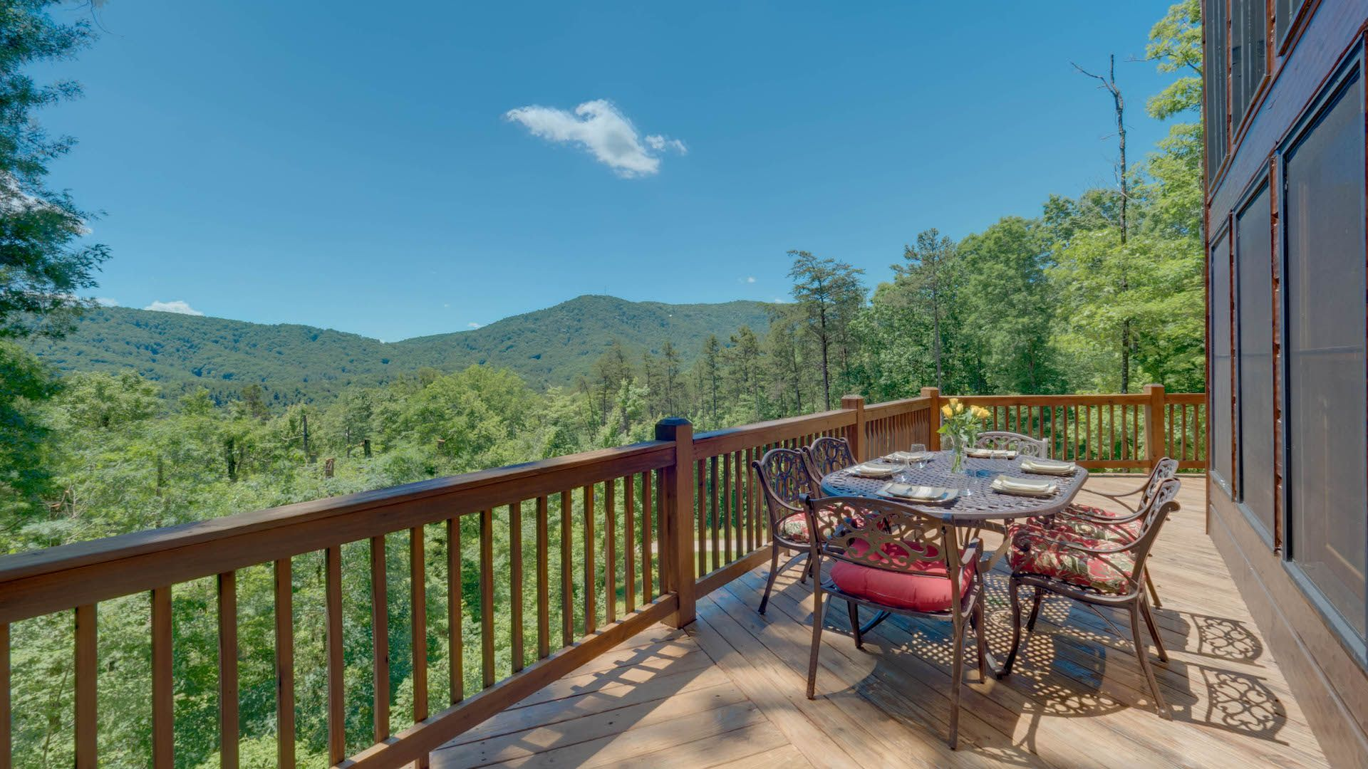 Mountain Dream Lodge Rental Cabin - Blue Ridge, GA Mountain