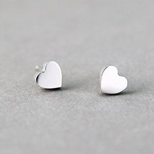 Small Sterling Silver Heart Stud Earrings White Gold Heart Studs ... 5a351b581027
