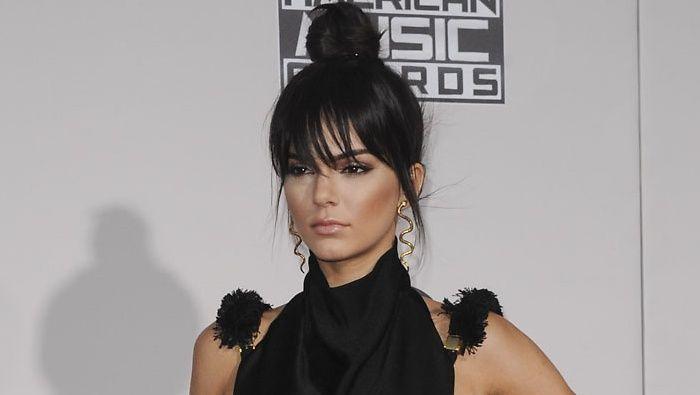 Kendall Jenner on todellinen tyylikameleontti. Kuva: Apega/WENN.com.