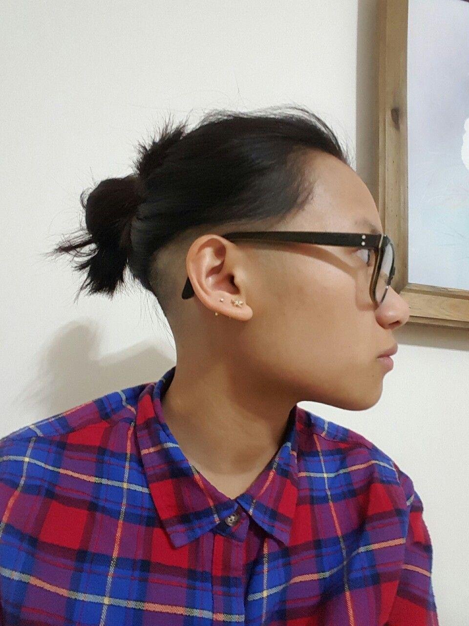 Queercuts Photo Shaved Nape Long Wavy Hair Hair Beauty