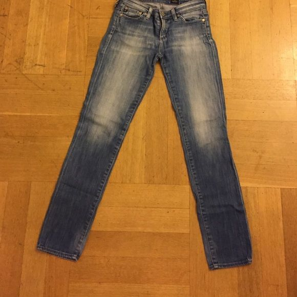 A G jeans cigarette leg very good condition Size 25 AG Adriano Goldschmied Jeans Skinny