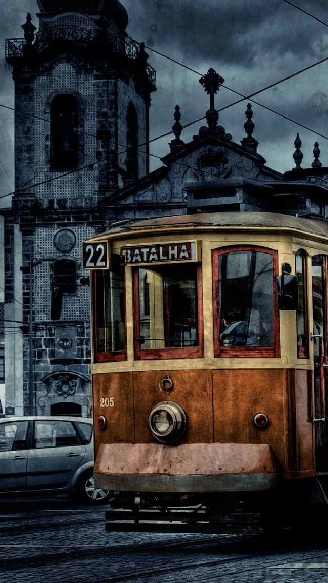 A vintage tram in italy iphone 5 wallpapers pinterest italy a vintage tram in italy vintage wallpaperswallpaper backgroundsiphone voltagebd Choice Image