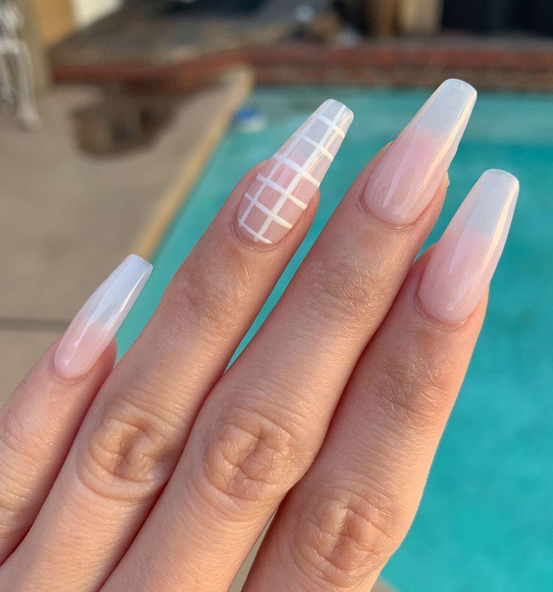Diy Fake Nails At Home No Acrylic Easy Lasts 3 Weeks Put Several Coats Of Clear Polish On Prior To Filing B In 2020 Fake Nails Diy Nails At Home Diy Acrylic Nails