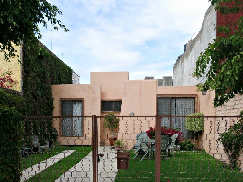 Small Stucco Home Design on small concrete home designs, small adobe home designs, small brick home designs, small cement home designs, small spanish style home designs, small metal home designs, small cedar home designs, small steel home designs, small log home designs, small 2 story home designs,