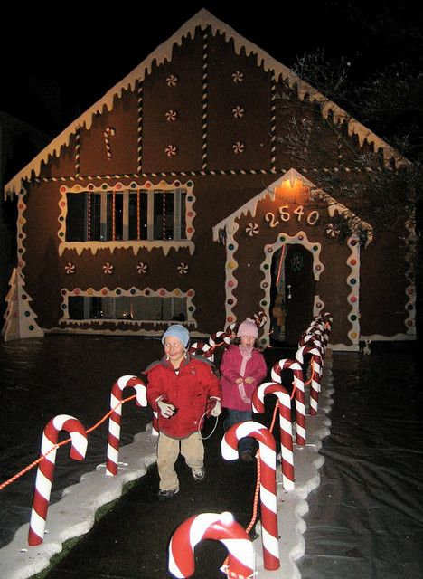 Real Gingerbread House Lifesize Games Christmas