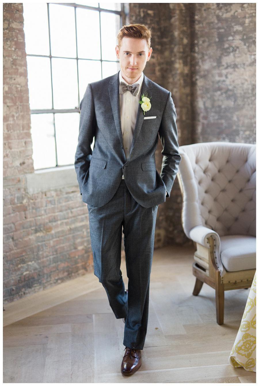 Fantastisch Kohle Graue Anzug Hochzeit Galerie - Hochzeit Kleid ...