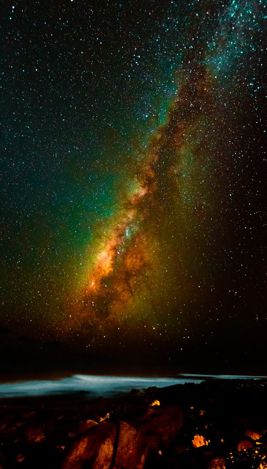 Surfing the Milky Way! Hawaii - hoping we will see something this spectacular when we go..